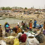 riverside marketplace in Mopti